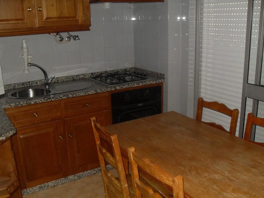 Apartamento T1+1 para arrendar em Monte Gordo